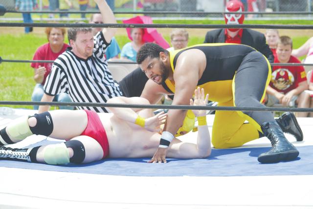 web1_Wrestling2.jpg