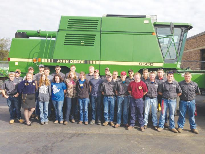 The OVCTC Junior Farm Business Management and Agricultural Mechanics students are pictured here with Lauren Grover, Ohio FFA State Officer.