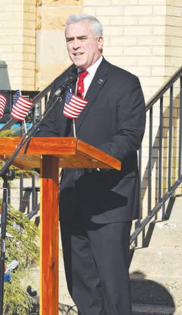 United States Congressman Brad Wenstrup was the featured guest speaker in the DAR ceremonies honoring Vietnam veterans and the 50th anniversary of the war.